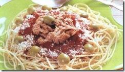 espaguetti_rojo_con_atun