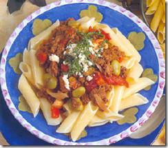 Plumas de Pasta con Carne Molida y Verduras. Receta