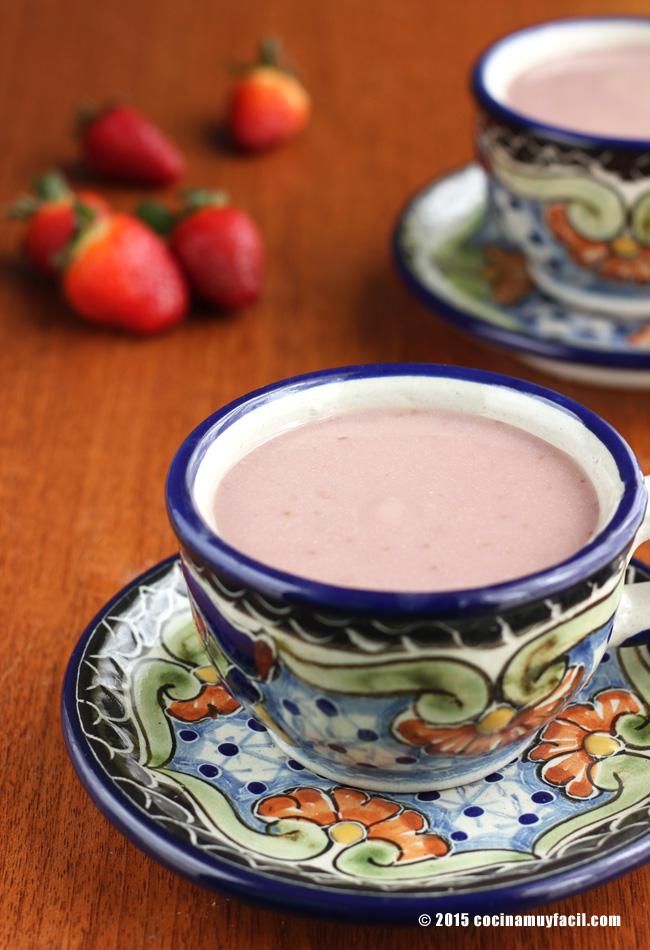Atole de fresa. Receta | cocinamuyfacil.com
