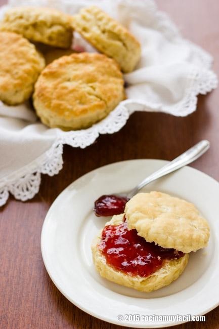 Bisquets caseros. Receta para el desayuno | cocinamuyfacil.com
