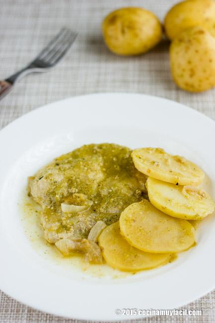 Chuletas en salsa verde. Receta   cocinamuyfacil.com