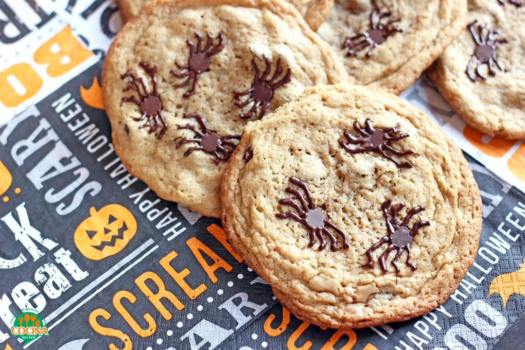 Galletas de araña con chispas de chocolate. Receta de Halloween   cocinamuyfacil.com