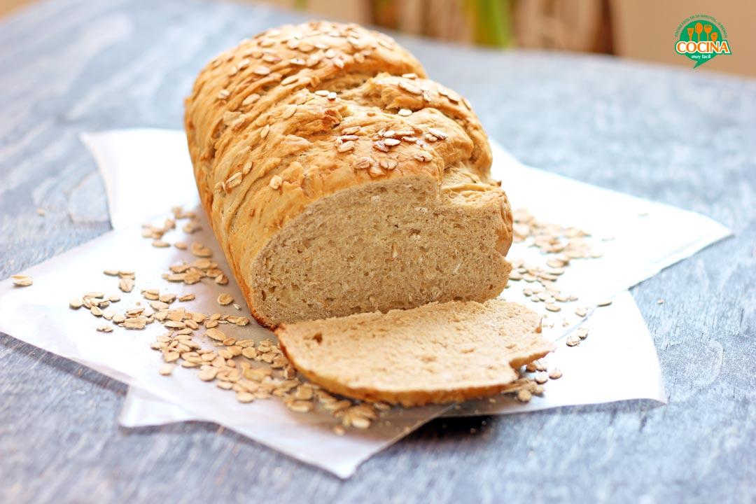 Pan de avena y miel. Receta   cocinamuyfacil.com