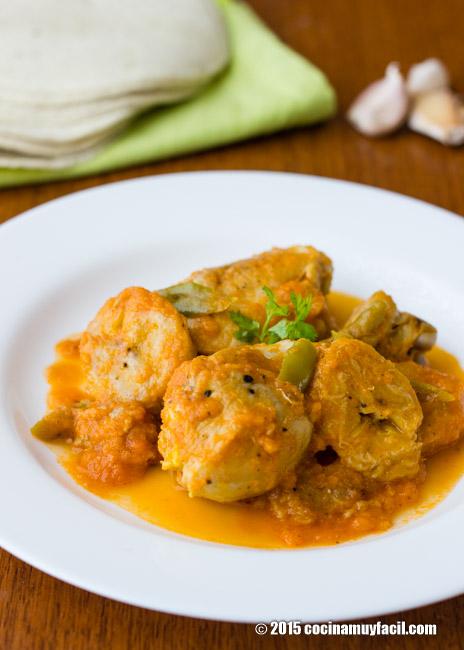 Pollo guisado con plátano macho. Receta | cocinamuyfacil.com