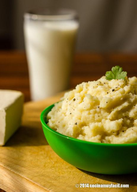 Mashed potatoes. Recipe | cocinamuyfacil.com