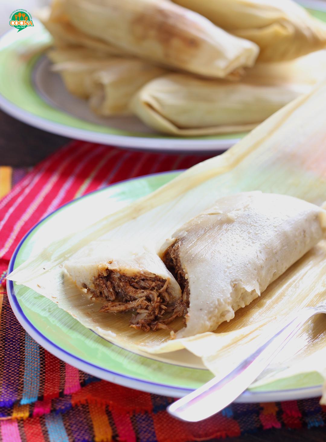 Tamales de mole. Receta mexicana   cocinamuyfacil.com