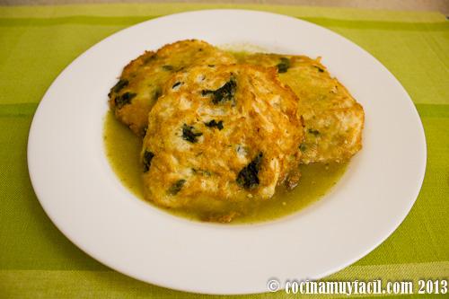 Tortitas de pollo con espinacas | cocinamuyfacil.com