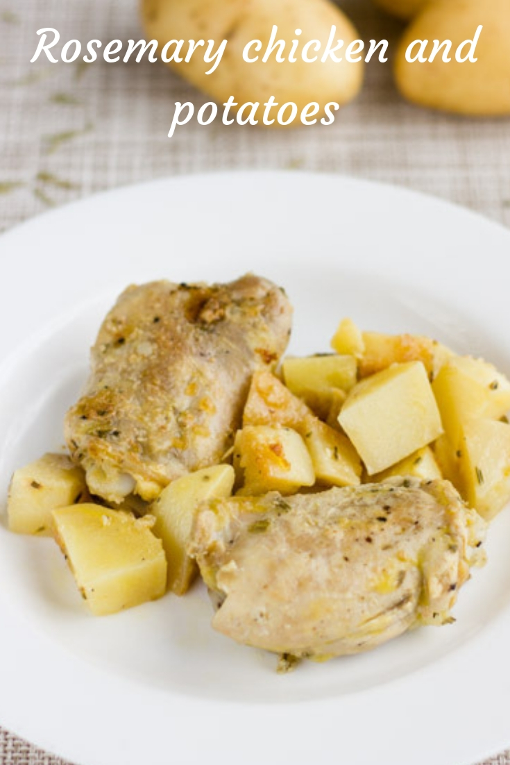 Rosemary chicken and potatoes | cocinamuyfacil.com