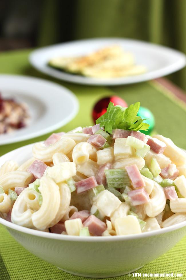 Ensalada fría de coditos. Receta para Navidad | cocinamuyfacil.com
