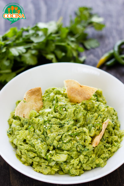 Guacamole. Receta | cocinamuyfacil.com