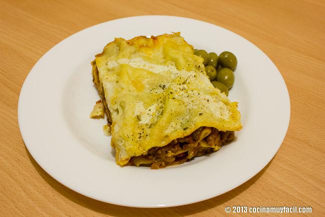Lasaña de carne a la bolognesa. Receta | cocinamuyfacil.com