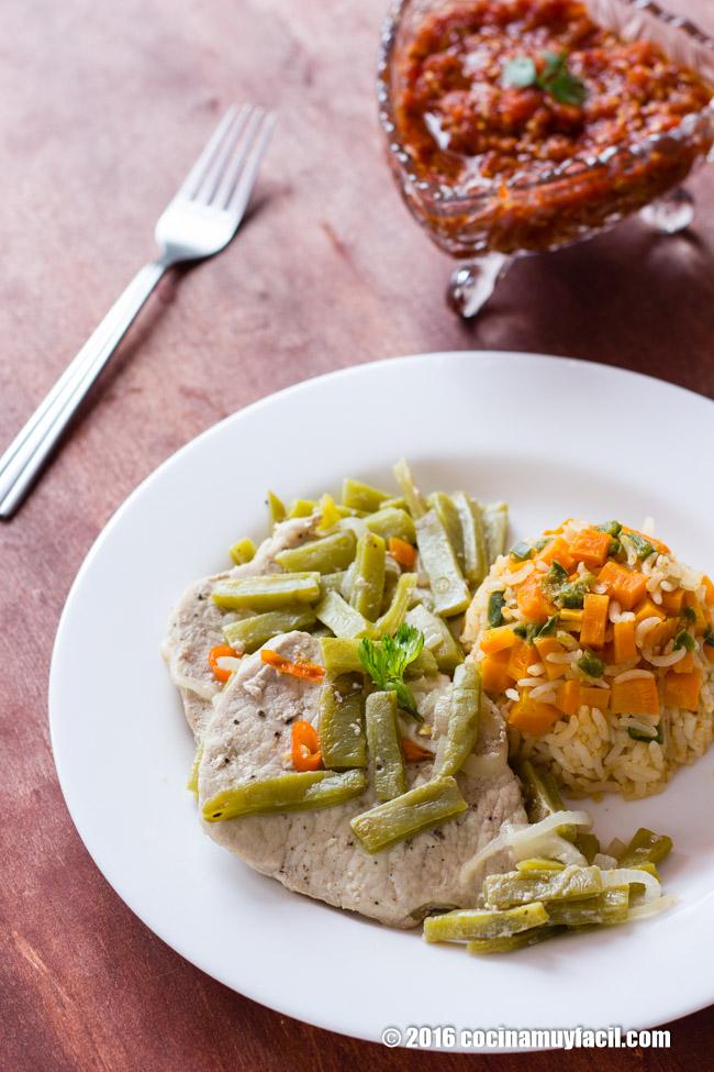 Lomo de cerdo con nopales. Receta | cocinamuyfacil.com