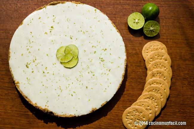 Lemon pie with cream cheese   cocinamuyfacil.com