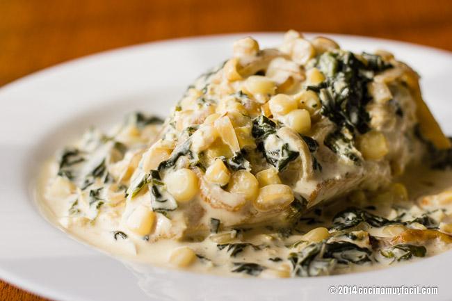 Pollo en crema con espinacas y elote | cocinamuyfacil.com